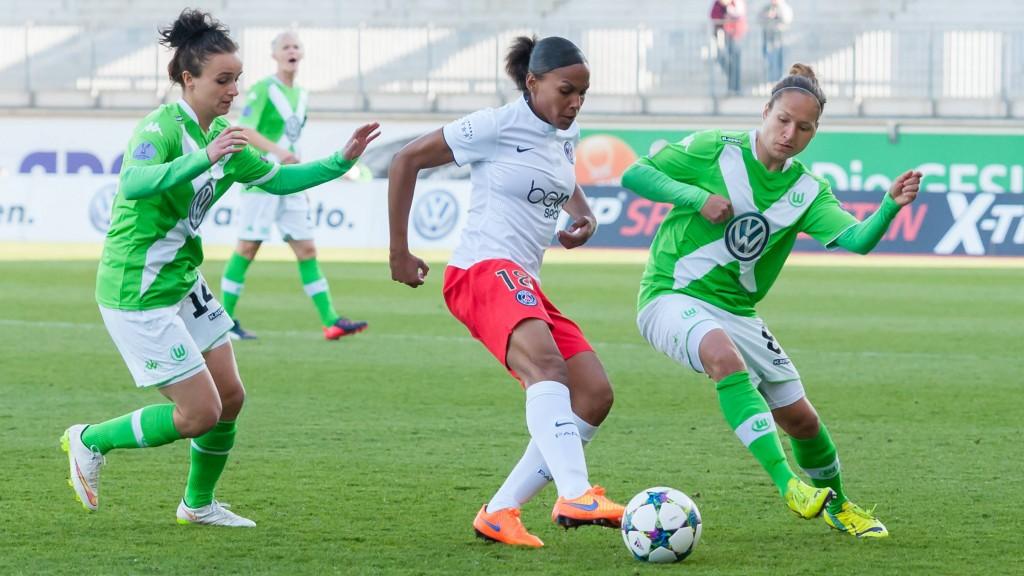 v.li.: Lina Magull (VfL Wolfsburg), Marie-Laure Delie (Paris Saint-Germain) und Babett Peter (VfL Wolfsburg) i