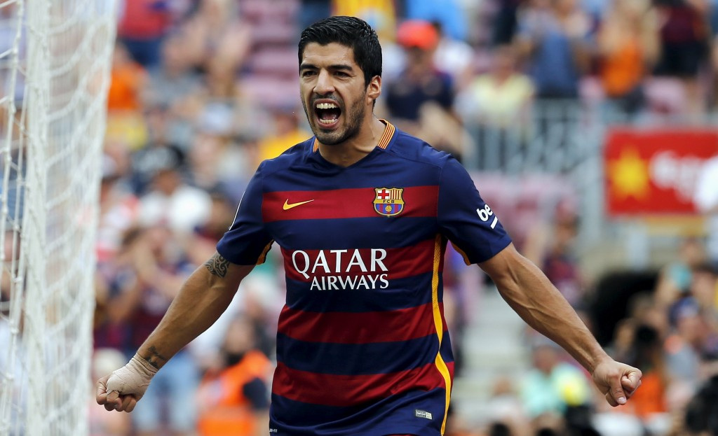 Barcelona's Luis Suarez celebrates after scoring a goal against Las Palmas during their Spanish first division soccer match at Camp Nou stadium in Barcelona, Spain, September 26, 2015. REUTERS/Sergio Perez  Picture Supplied by Action Images