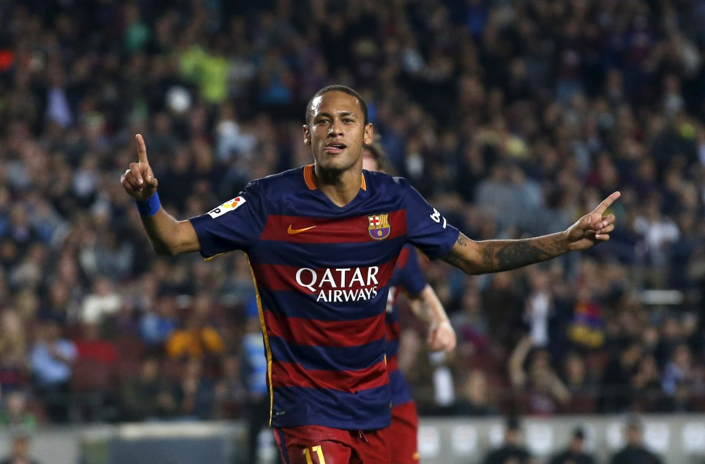 Barcelona's Neymar celebrates a goal against Rayo Vallecano during their Spanish first division soccer match at Camp Nou stadium in Barcelona, Spain, October 17, 2015. REUTERS/Albert Gea  Picture Supplied by Action Images