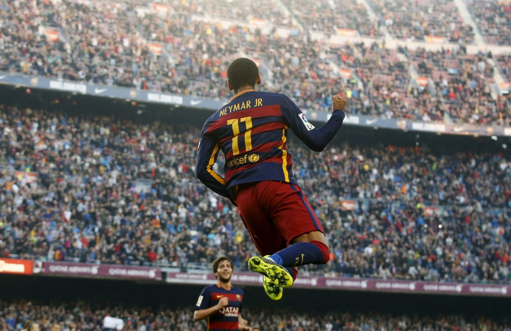 Barcelona's Neymar celebrates a goal against Villarreal during their Spanish first division soccer match at Camp Nou stadium in Barcelona, Spain, November 8, 2015. REUTERS/Albert Gea  Picture Supplied by Action Images