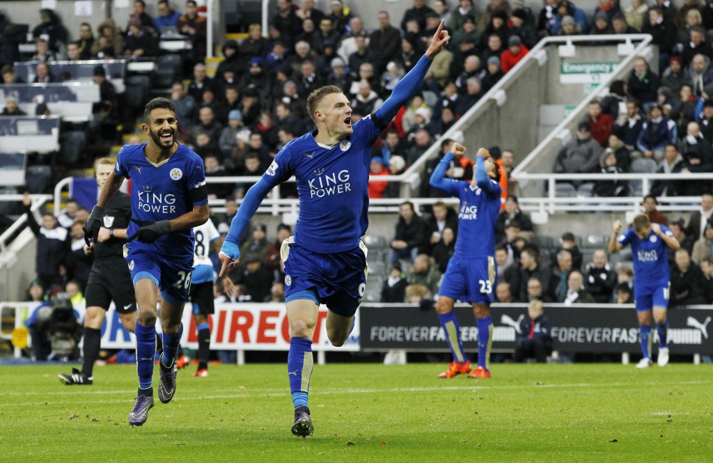 """Football - Newcastle United v Leicester City - Barclays Premier League - St James' Park - 21/11/15 Jamie Vardy celebrates scoring the first goal for Leicester City to equal the record for scoring in consecutive Premier League games Action Images via Reuters / Craig Brough Livepic EDITORIAL USE ONLY. No use with unauthorized audio, video, data, fixture lists, club/league logos or """"live"""" services. Online in-match use limited to 45 images, no video emulation. No use in betting, games or single club/league/player publications.  Please contact your account representative for further details."""