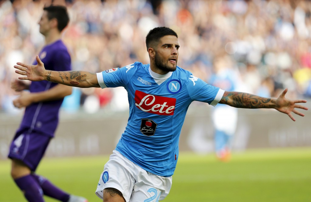 Napoli's Lorenzo Insigne celebrates after scoring against Fiorentina during their Italian Serie A soccer match at the San Paolo stadium in Naples, Italy, October 18, 2015. REUTERS/Ciro De Luca  Picture Supplied by Action Images