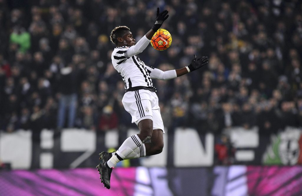 Football Soccer - Juventus v Fiorentina - Juventus stadium, Turin, Italy -13/12/15 - Juventus' Paul Pogba in action against Fiorentina.     REUTERS/Giorgio Perottino  Picture Supplied by Action Images