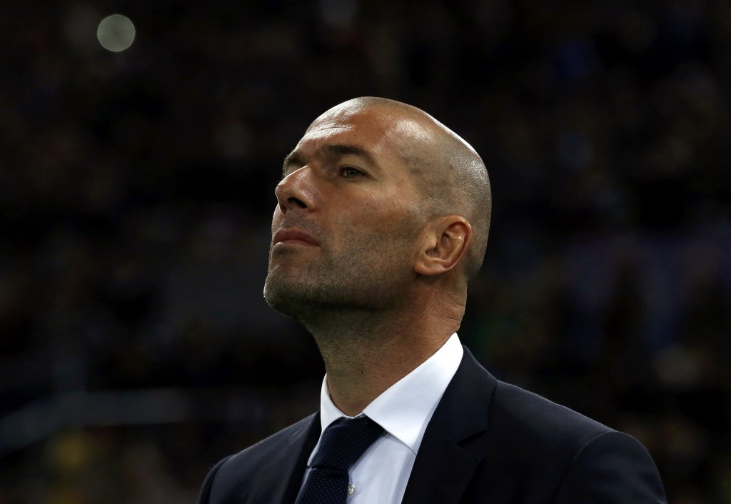 Football Soccer - AS Roma v Real Madrid - UEFA Champions League Round of 16 First Leg - Olympic stadium, Rome, Italy - 17/2/16 Real Madrid's Zinedi Zidane before the match against AS Roma.  REUTERS/Alessandro Bianchi  Picture Supplied by Action Images
