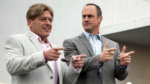 """Dean Norris (Ash Martini), Lt, and Christopher Meloni (Al Klein) in a scene from the movie """"Small Time"""", written and directed by Joel Surnow"""