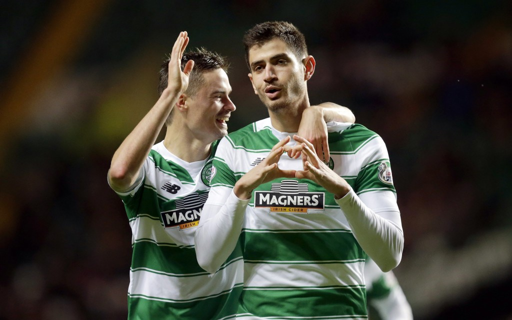 """Football Soccer - Celtic v Motherwell - Ladbrokes Scottish Premiership - Celtic Park - 19/12/15 Celtic's Nir Bitton (R) celebrates scoring their first goal  Action Images via Reuters / Graham Stuart Livepic EDITORIAL USE ONLY. No use with unauthorized audio, video, data, fixture lists, club/league logos or """"live"""" services. Online in-match use limited to 45 images, no video emulation. No use in betting, games or single club/league/player publications.  Please contact your account representative for further details."""